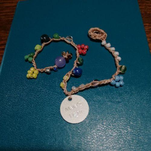 braccialetto fiorellini colorati