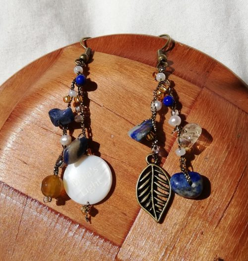 orecchini foglia pietre gialle e blu