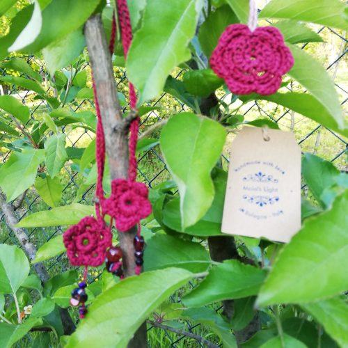 pendagli fiori cremisi